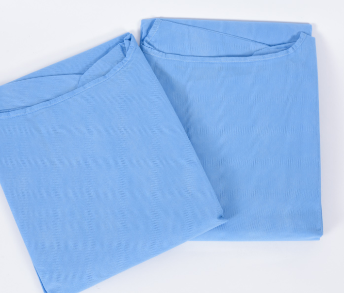 MediaBlink breathable Medical Gowns