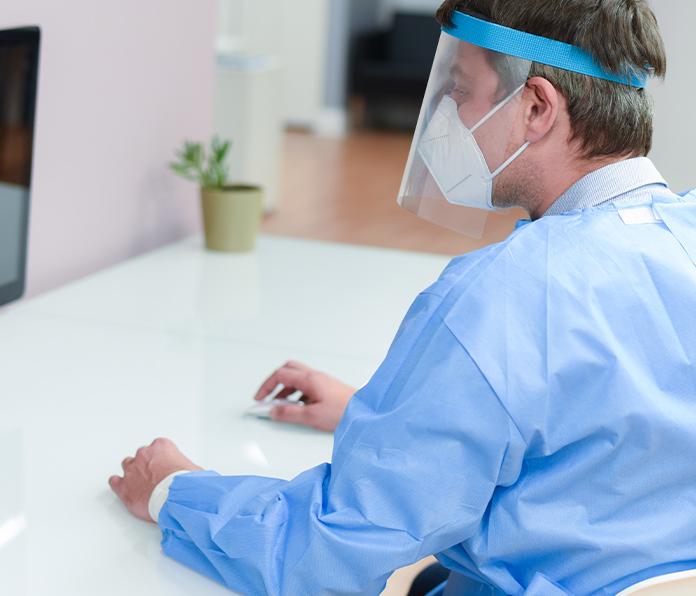 Tech-Driven Medical Gowns